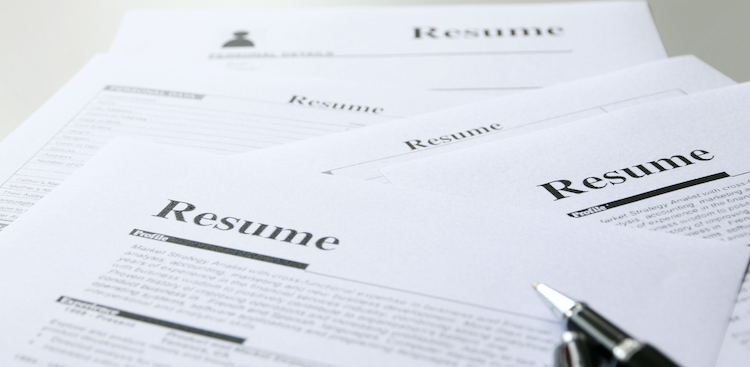 7 Different Types of Resume Formats [+ Samples]